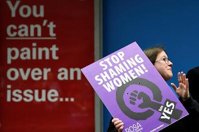 Facebook bloqueia anúncios estrangeiros em referendo irlandês sobre aborto