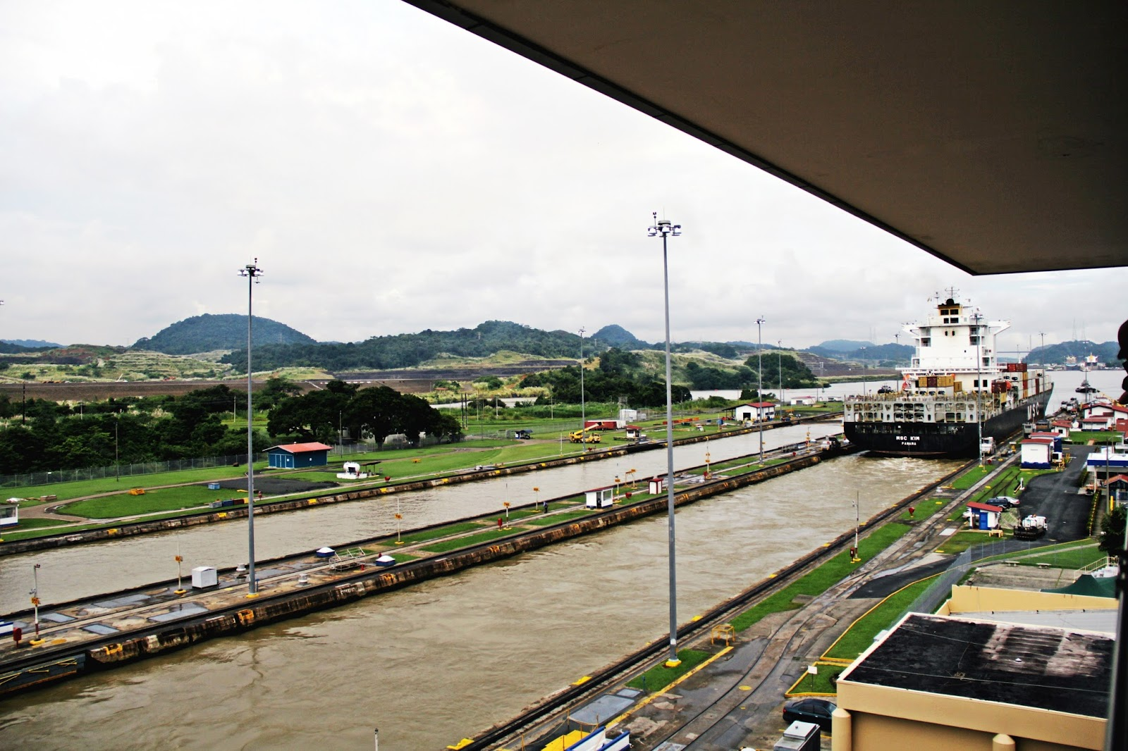 panama canal sight seeing