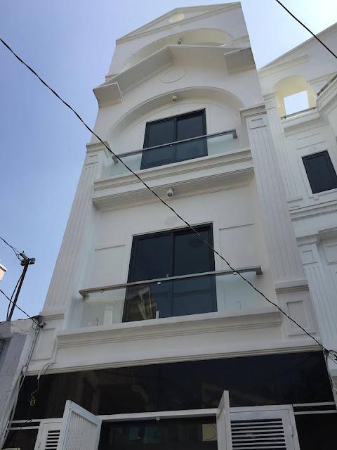 Bán nhà Hẻm xe hơi đường Nguyên Hồng phường 11 quận Bình Thạnh