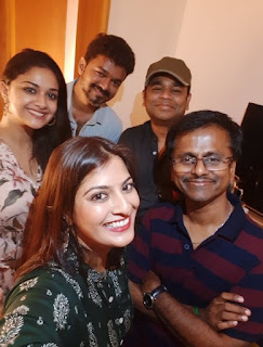 Keerthy Suresh with Sarkar Team in Success Meet
