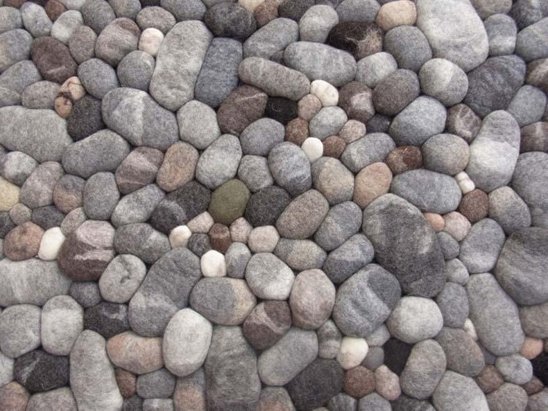 Estas alfombras de piedra son realmente de felpa y blandas