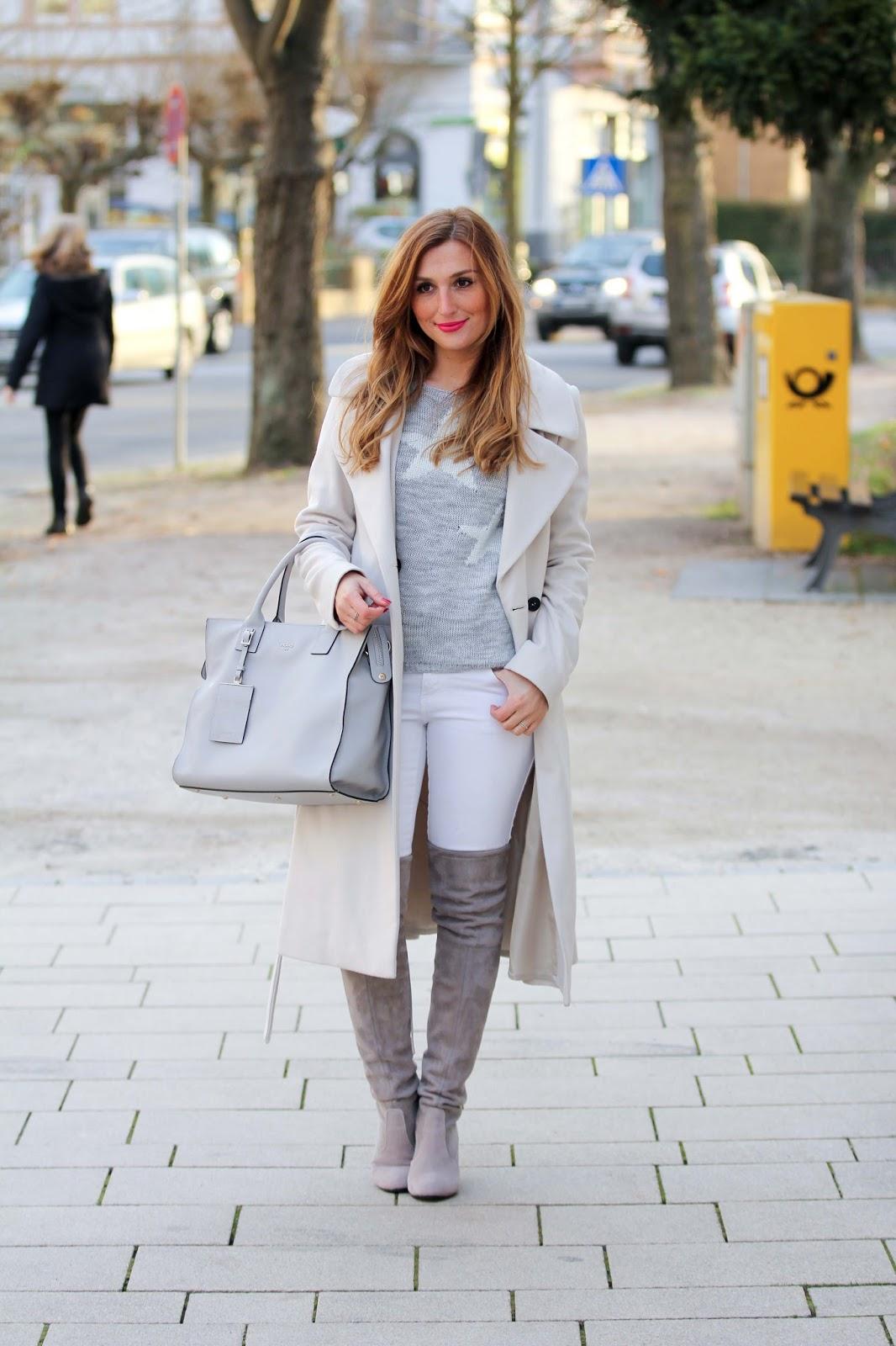 Fashionstylebyjohanna-Haare-Fashionstylebyjohanna-Hair-STYLE-overkees-weiße Hose
