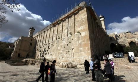 Demi Libur Yahudi, Israel Larang Muslim di Masjid Ibrahim