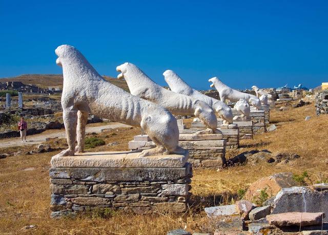 السياحة في جزيرة ديلوس اليونانية