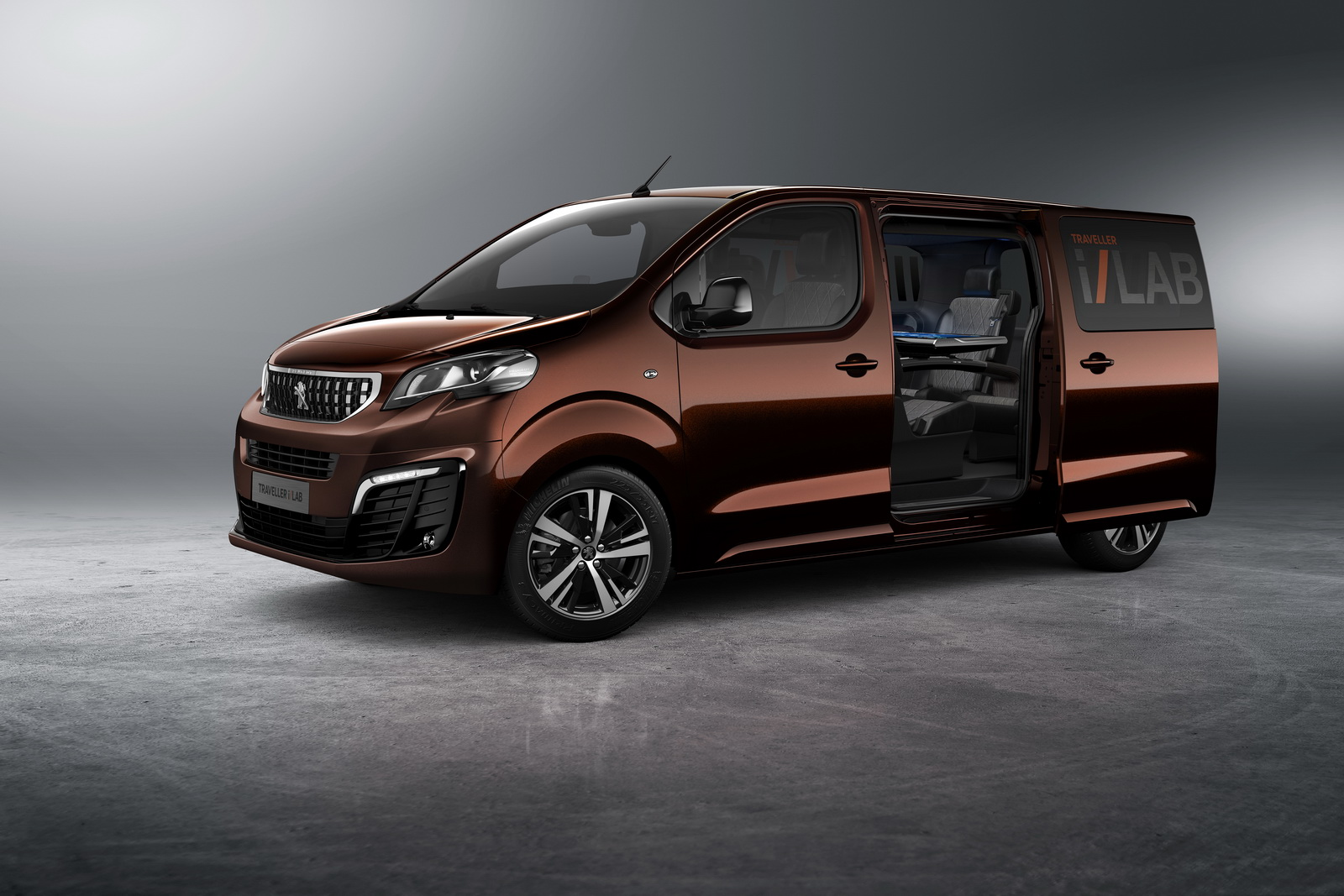 peugeot reveals traveller i lab concept a vip shuttle for tech enthusiasts carscoops. Black Bedroom Furniture Sets. Home Design Ideas
