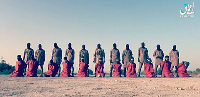 """Vídeo de Estado Islámico en Nigeria  de las decapitaciones de 11 cristianos con su último """"Mensaje a los cristianos de todo el mundo""""."""
