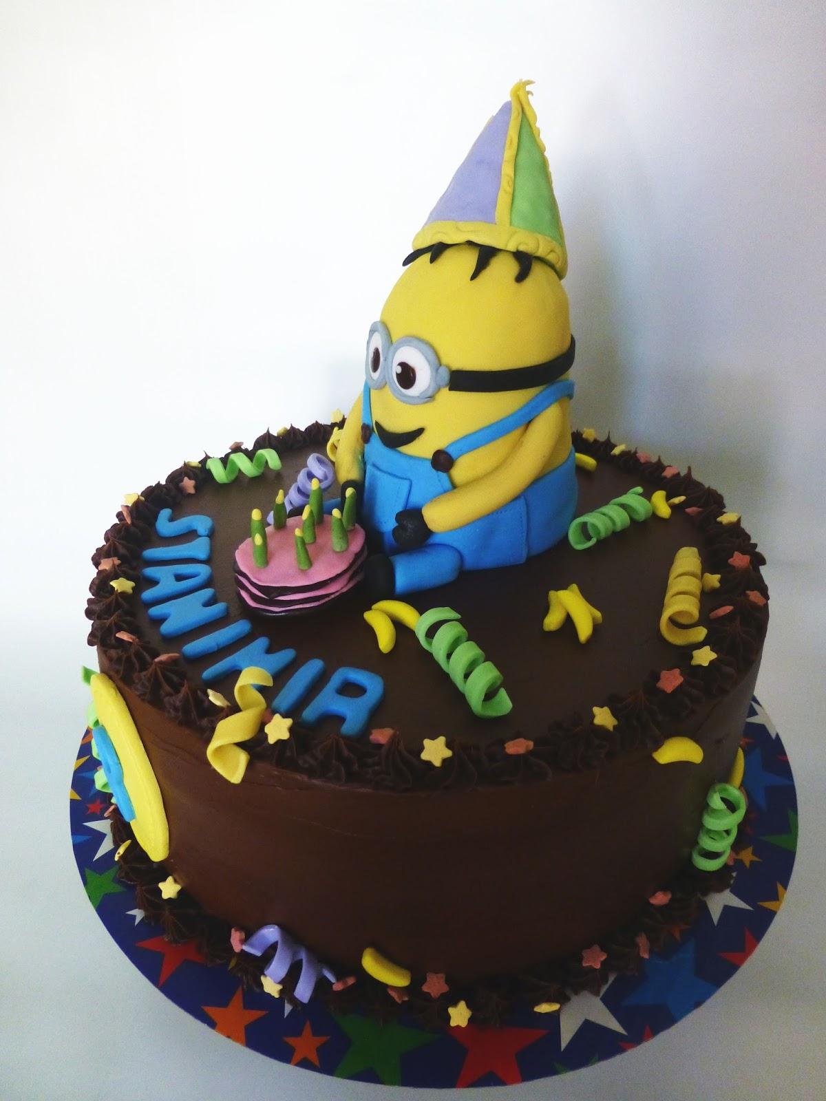 CakeSophia Minion cake