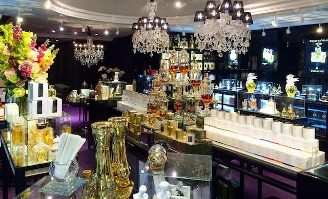 Perfumes na Harrods em Londres