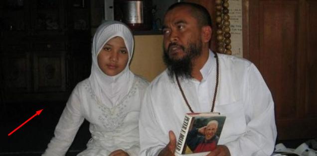 Ingat Ulfa yang dinikahi Syekh Puji diusia 12 tahun? Begini penampilannya sekarang yang berbeda