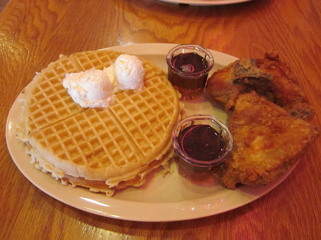 Roscoe S Chicken And Waffles Long Beach