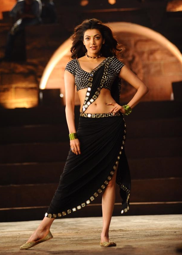 See The Some Of The Kajal Agarwals Image In This Janatha Garage Movie With Costumes Dress And In Hot Black Saree