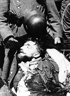 Ciało majora Henryka Dobrzańskiego - 30 kwietnia 1940 r.