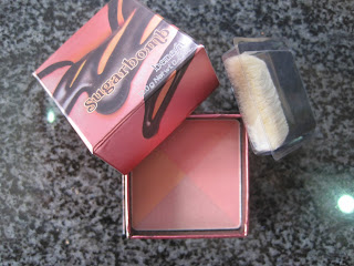 Benefit Sugarbomb Face Powder