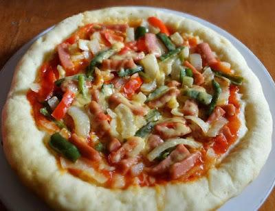 Cara Membuat Pizza Praktis Menggunakan Teflon