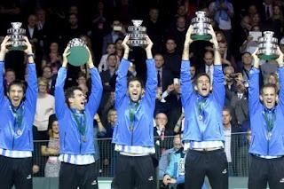 La brillante tarea desarrollada por estos deportistas para lograr un objetivo largamente esperado por la Argentina en tenis, sin duda merece un reconocimiento especial de parte de la ciudadanía para todo el equipo, y, desde la provincia en particular para nuestros tres brillantes coterráneos