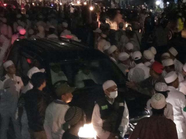 """Jelang Pemungutan Suara, Ledakan """"Bom"""" Mengancam Habib Rizieq"""
