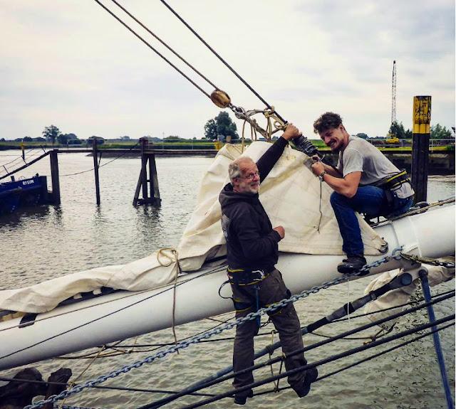 Navegar a vela en barcos de carga