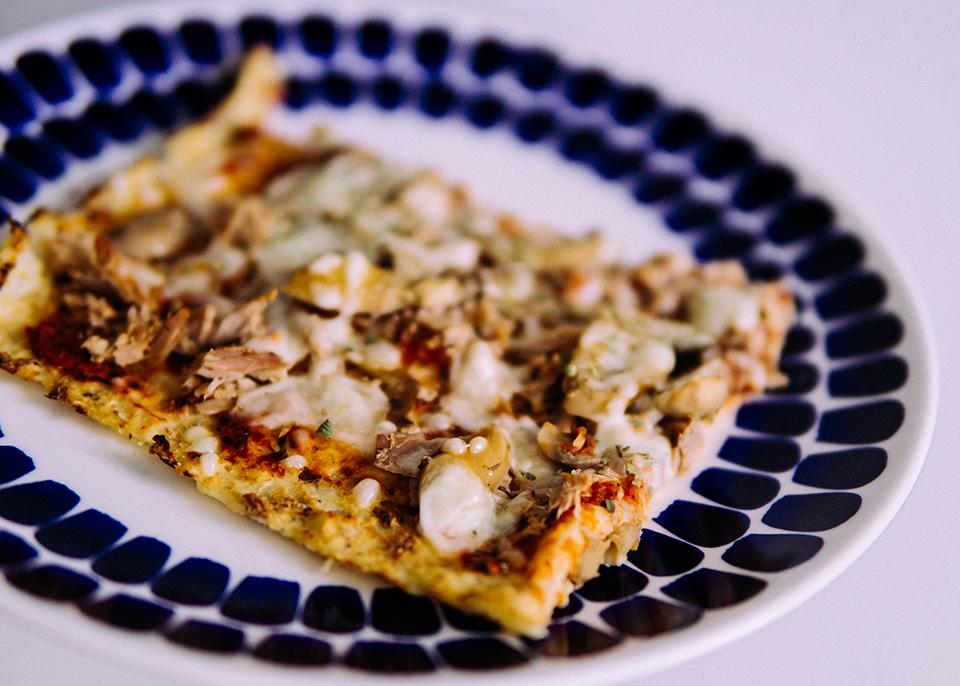 kukkakaalipizza kukkakaali pizzapohja
