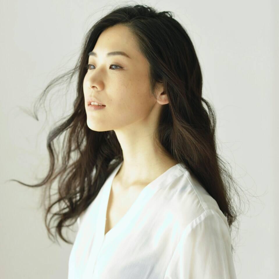 Shuna Iijima Nude Photos 16