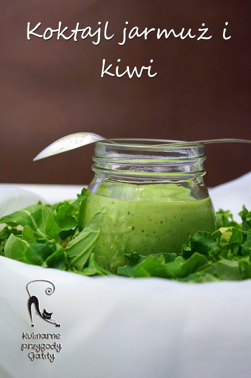zielony-koktajl-w-butelce