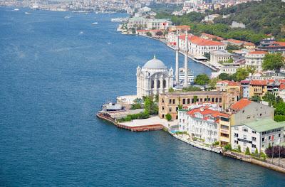 لماذا يسافر العرب إلى اسطنبول؟ إليكم 10 أسباب