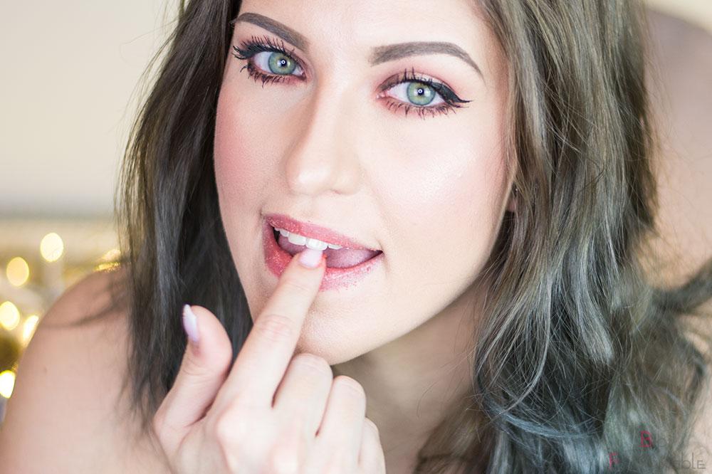 5 Schritte zur perfekten Nude-Lippe Peeling
