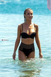 Joanna-Krupa-in-Bikini-560+%7E+SexyCelebs.in+Bikini+Exclusive+Galleries.jpg