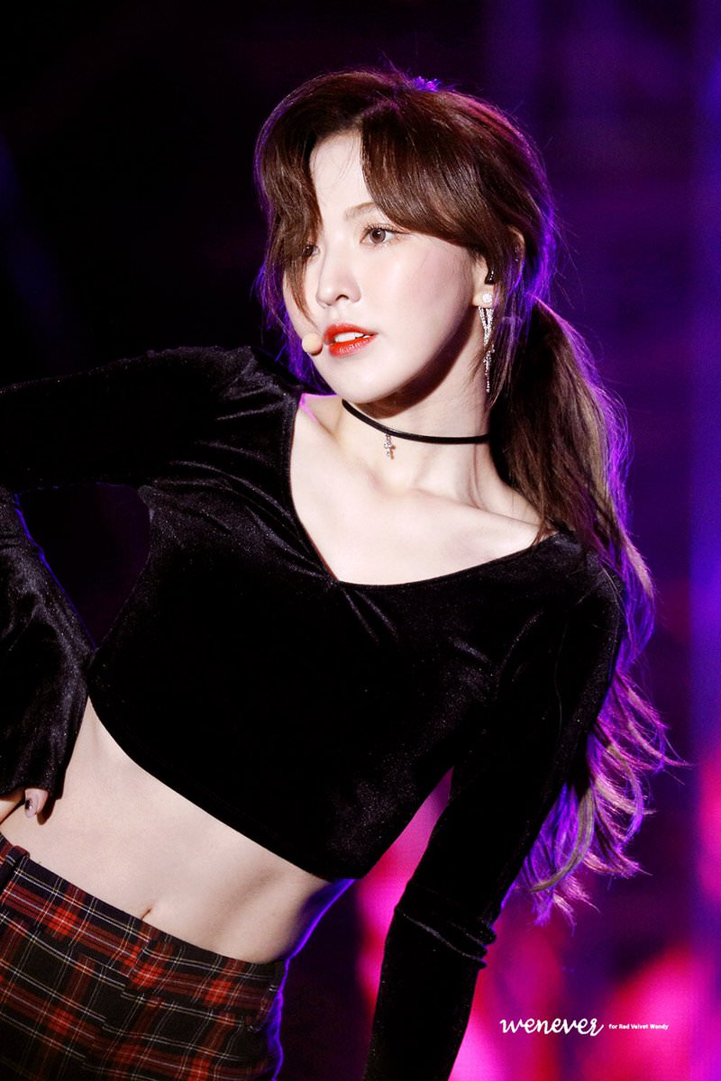 Red Velvet Wendy Stuns With Her Perfect ABS! - Bias ...