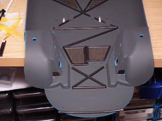 Wash & dirt effects added to floor of Porsche 910