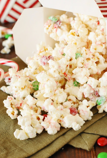 Christmas White Chocolate-Peppermint Popcorn Photo
