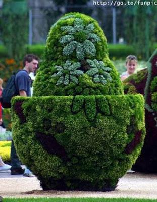 Escultura en el jardín