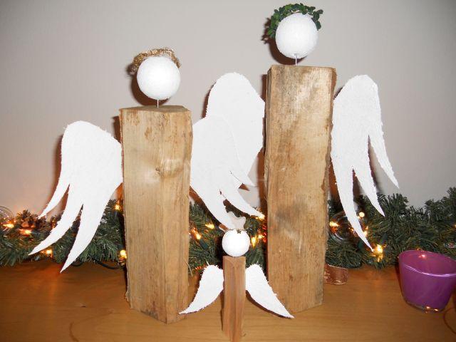 pader deko perle weihnachtsengel aus holz. Black Bedroom Furniture Sets. Home Design Ideas