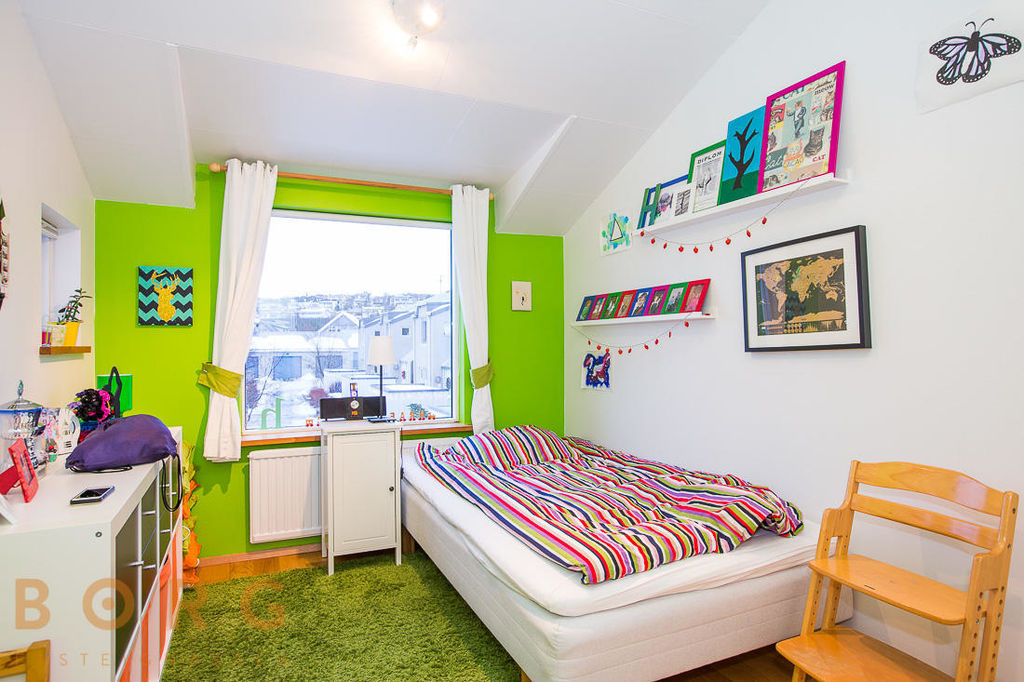 25 dekorasi kamar tidur anak dengan