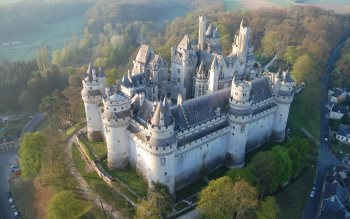 Wallpaper: Pierrefonds Castle