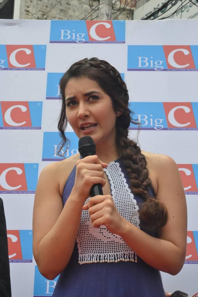 Raashi Khanna At Big C Store Launch In Guntur Event Pics