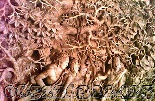 detail ukiran rama sinta di hutan jati jepara