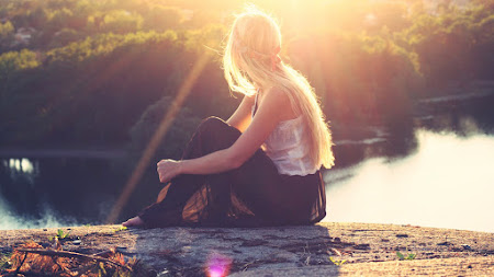 Girl Watching at the August Sun HD