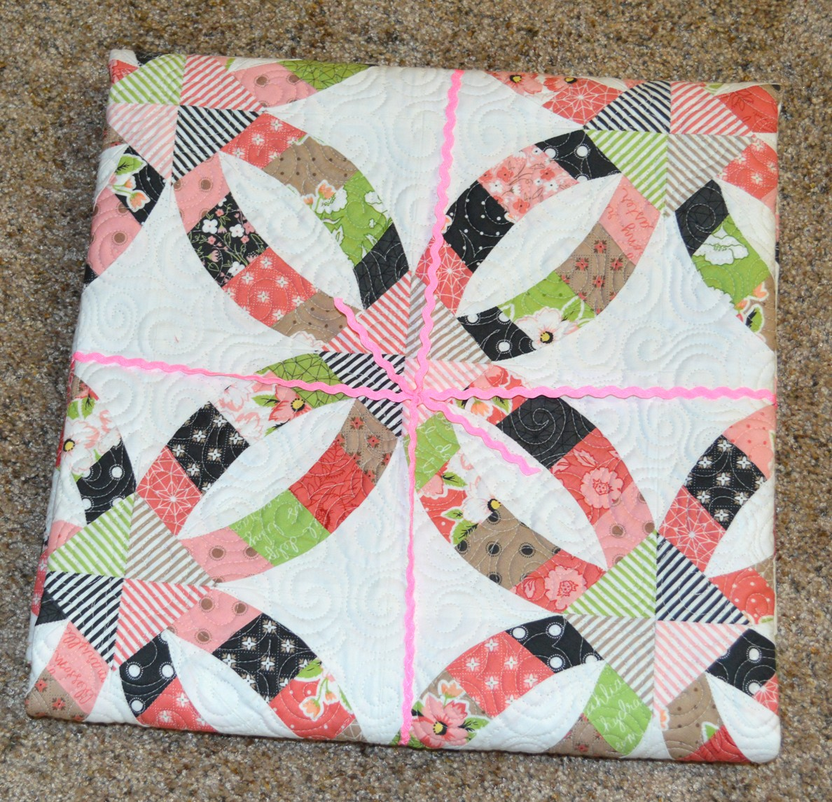 Happy Quilting: Tip Toe Through the Tulips
