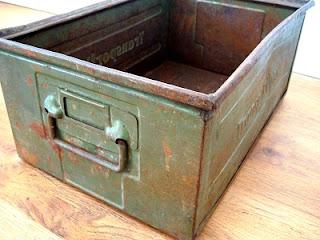 Venta de cajas de metal antiguas color verde