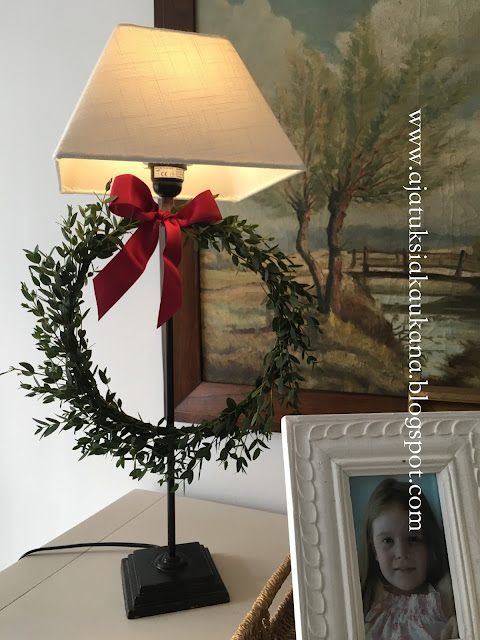 klassinen joulukoriste, eukalyptusseppele, joulu