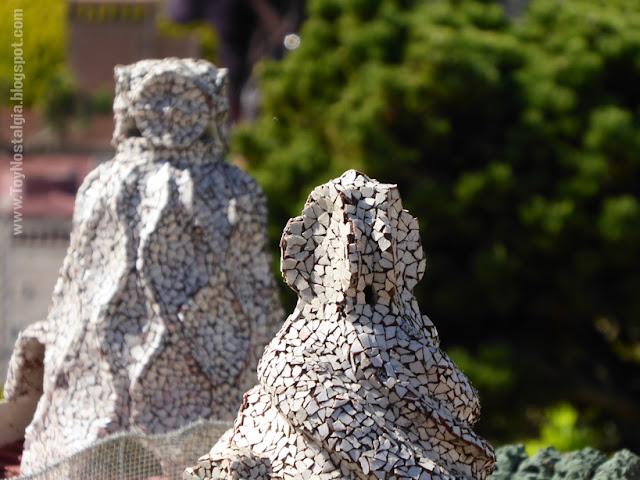 """Detalle del """"trencadís"""" de las chimeneas de La Pedrera, Antoni Gaudí - Barcelona Cataluña en Miniatura - Catalonia Miniature"""