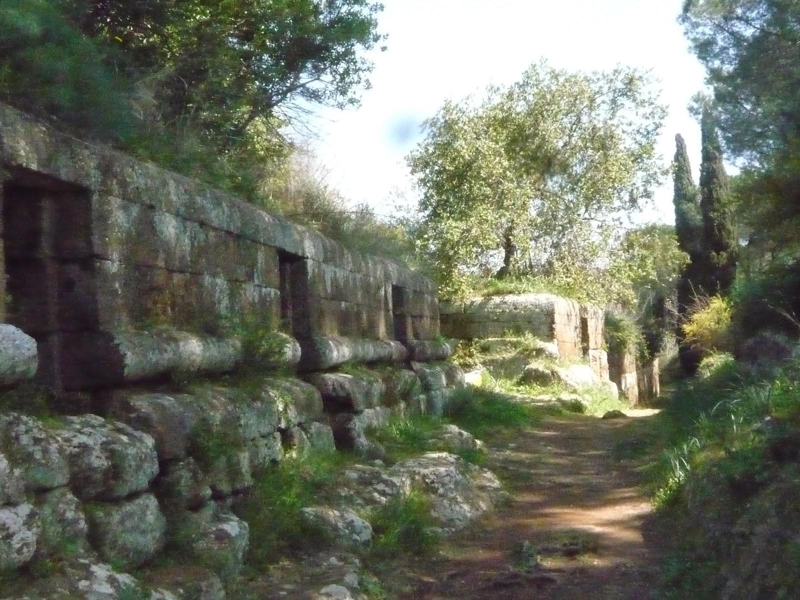 P1090156 - A Necrópole Etrusca de Cerveteri
