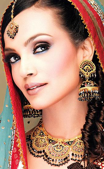 Girl Tattoo Designs Dragon Pakistani Bridal Jewelry Collection 2011