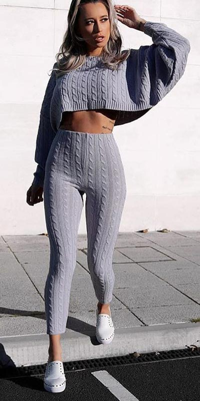 Spring is here! Need spring outfit inspiration? Check out these 29 Chic Spring Outfits That Look Effortlessly Sexy and Cool. Co Ord | Spring Fashion + Spring Wear via higiggle.com #fashion #spring #style #chic