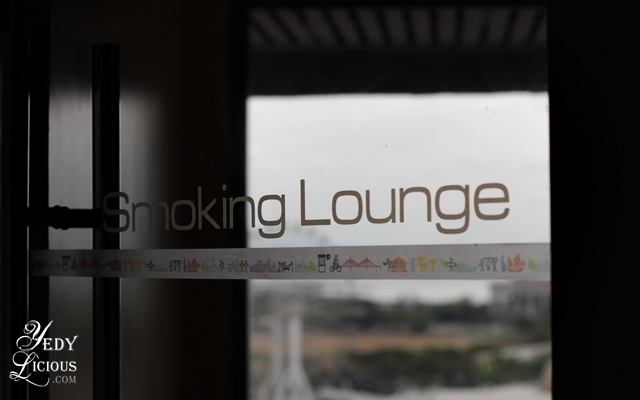 Smoking Lounge Hotel Jen Manila by Shangri-La Blog Review Staycation, Best Hotels in Manila, Where To Stay in Manila, Hotel Jen Manila Rate Promo Address Contact No, Hotel Jen Buffet, Latitude Restaurant Buffet, Kitsho Restaurant and Sake Bar, Windows by the Bay, Hotel near Roxas Blvd. Hotel with Manila Bay View, Formery Traders Hotel, YedyLicious Manila Food Blog, Yedy Calaguas