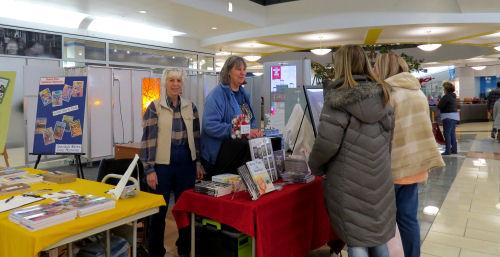 Rivertown Crossings vendor event