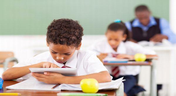 Manfaat Gadget Dalam Proses Pembelajaran di Sekolah
