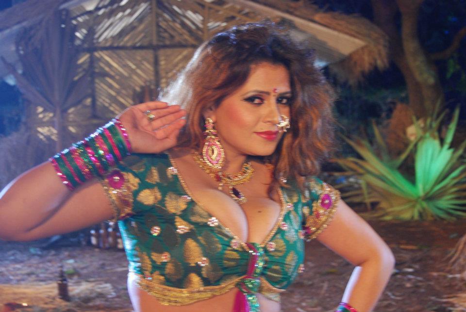 bhojpuri actress sapna - photo #13
