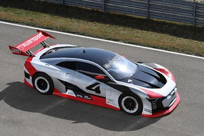 Audi e-tron Vision Gran Turismo (2018) Front Side