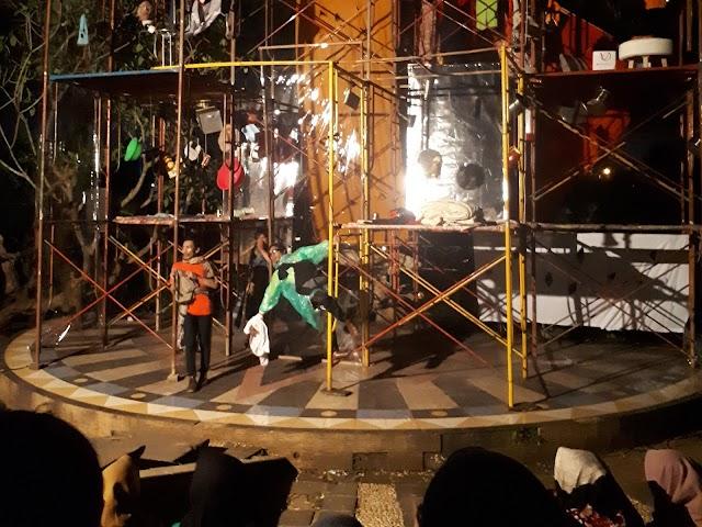 Pagelaran Teater: Lika-Liku Kehidupan Milenial